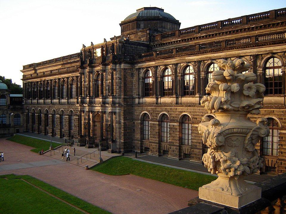 Museen In Dresden Technik Kunst Geschichte Mensch