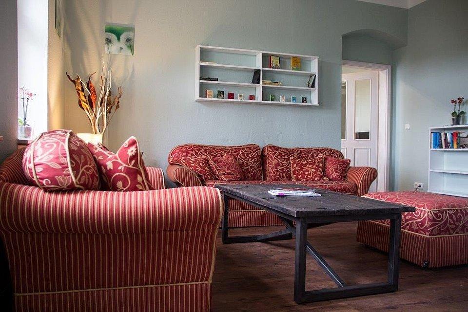 Wohnzimmer bar dresden inspiration f r for Innenarchitektur dresden