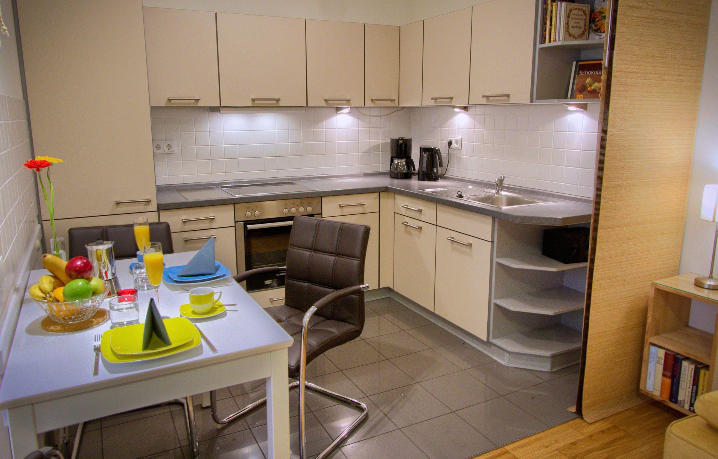 dresden ferienwohnung dresden apartment canaletto barrierefrei. Black Bedroom Furniture Sets. Home Design Ideas